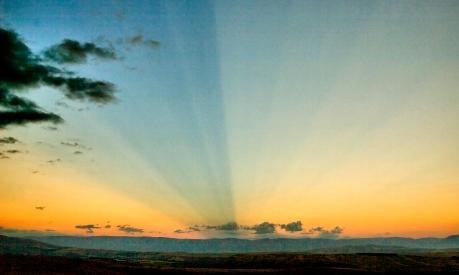 Hawkdun Range Sunrays