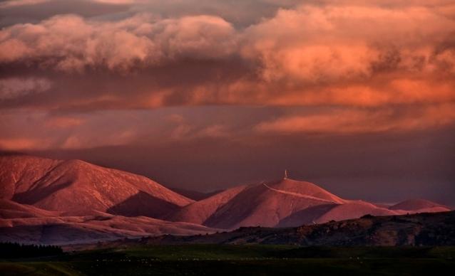 Mt Ida Sunset - Hawkdun Range
