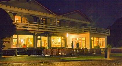 DC9443 South Sea Hotel at Night